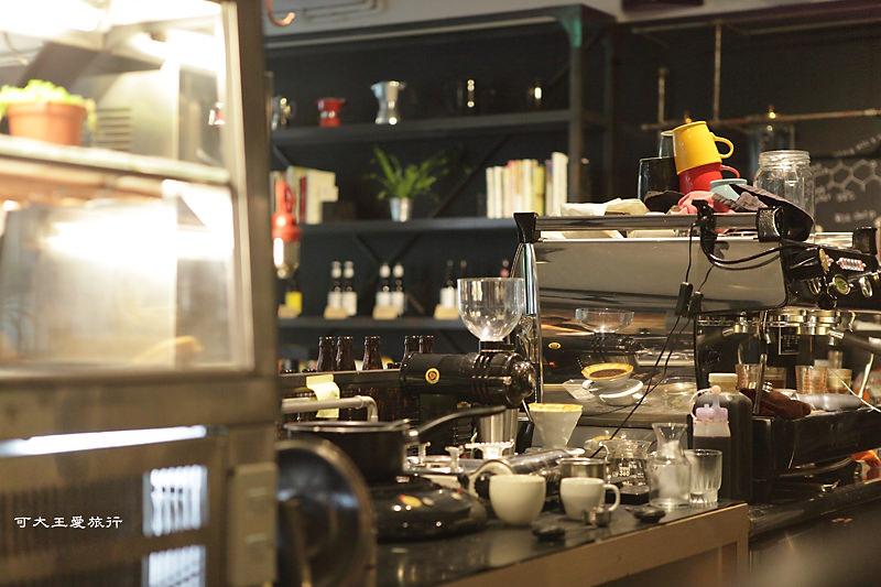 coffee essential_4.jpg