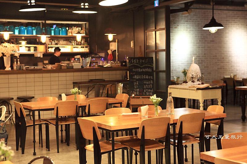 House Cafe 1910_2R.jpg